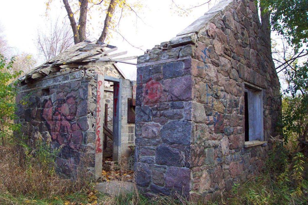 Mystery Ravine Ruins