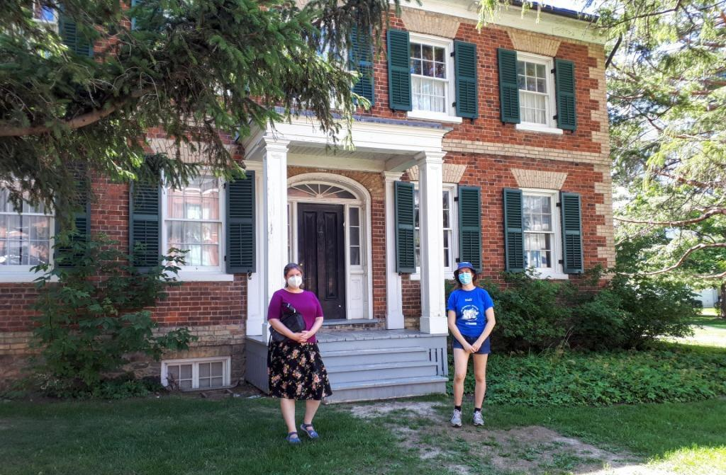 NYHS director Sarah McCabe and Gibson House Museum interpreter Madi, after a terrific socially distanced guided neighbourhood walking tour. Photo by Richard Fiennes-Clinton.