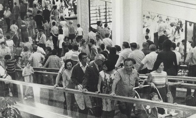 Opening day at Fairview Mall, August 5, 1970. Note the moving sidewalks. (Photo by Jeff Goode courtesy Toronto Public Library under Toronto Star License)