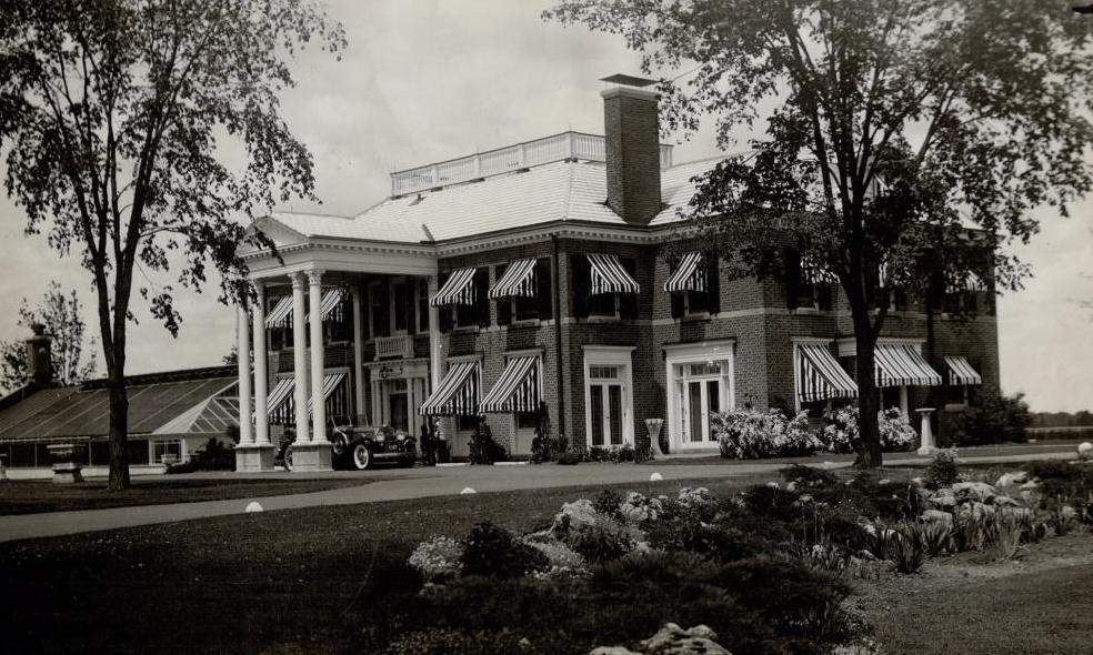 Main residence at Maryvale, Frank O'Connor's House, North York, in 1949. (Image by unknown photographer, courtesy Toronto Public Library under Toronto Star License)